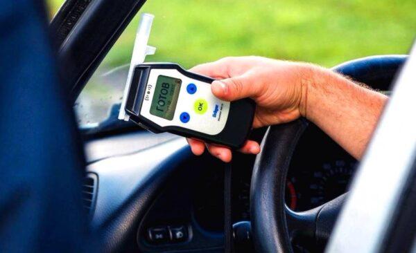 Обязан ли водитель проходить тест на алкоголь